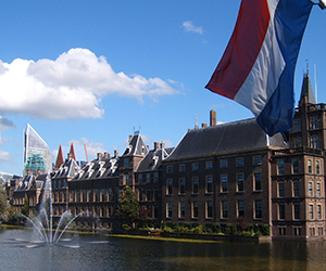 Excursion-The-Hague-city-centre-Binnenhof-by-incoming-touroperator-ZOYO-Travel.jpg