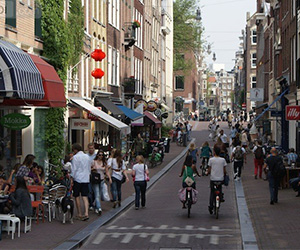Group-excursion-to-9-streets-amsterdam-exclusive-shopping-incentive-Amsterdam-ZOYO-Travel.jpg